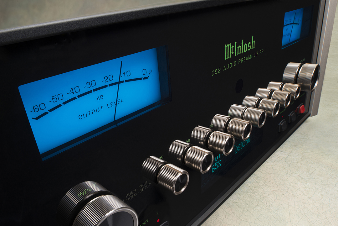 Review of the new McIntosh C52 Preamp